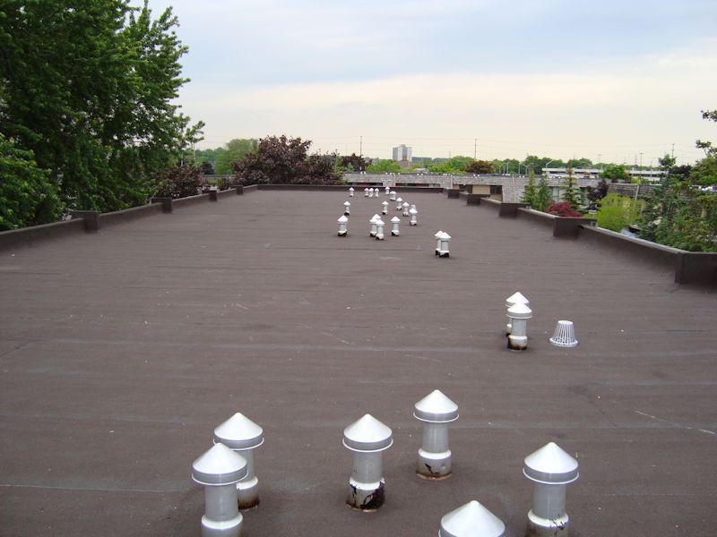 Flat Roof Mississauga Condominium